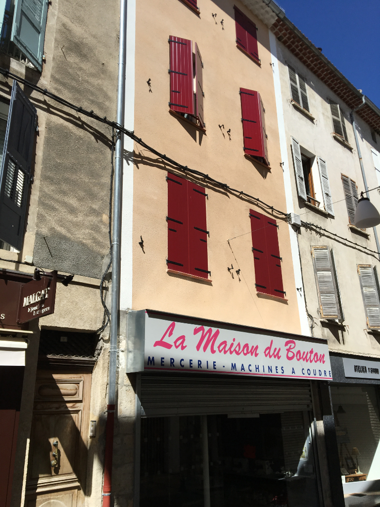 local commercial SISTERON